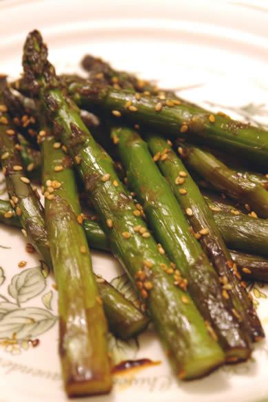 Asian-Style Sesame Asparagus