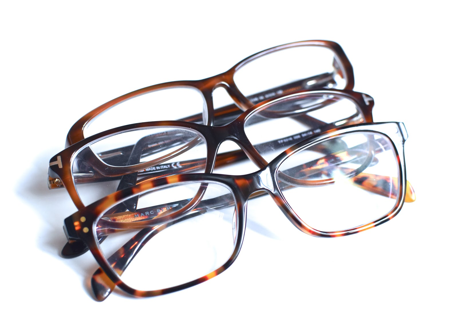 3e13b536444bdf Mon papa était myope, mes soeurs sont toutes deux myopes ... C est de  famille. J ai du avoir mes premières lunettes ...