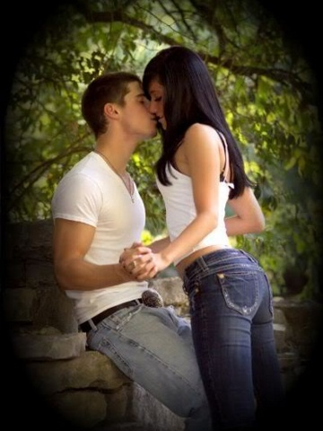 Cute Couple Quotes Hd Wallpapers Couple Kissing Wallpapers Couple Love Wallpapers Sad