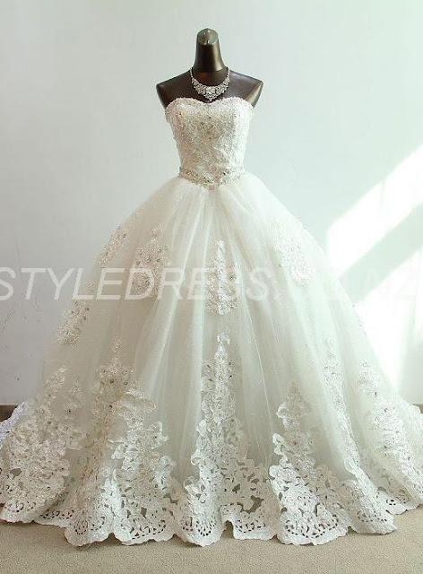 Charming Sweetheart Floor-Length Ball-Gown Appliques Beading Sleeveless Wedding Dress