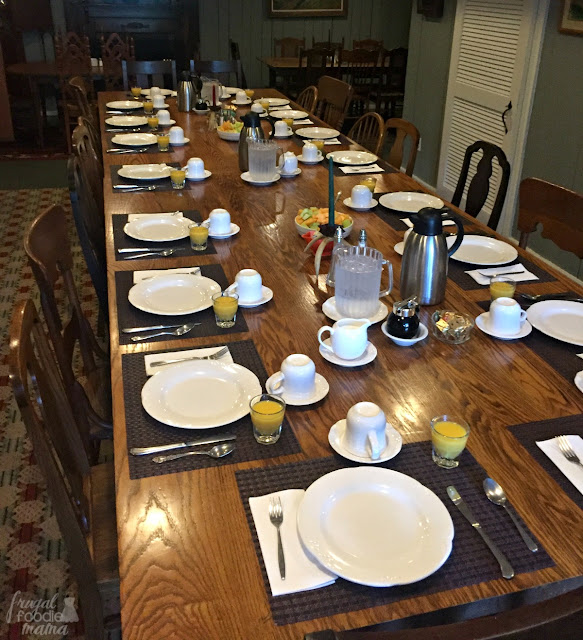 A country breakfast is served family style each morning of your stay at Guesthouse Lost River.