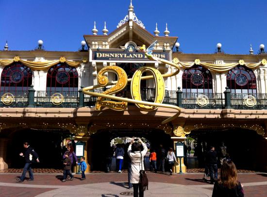 Juulienh: Disneyland Paris (Frankrig)