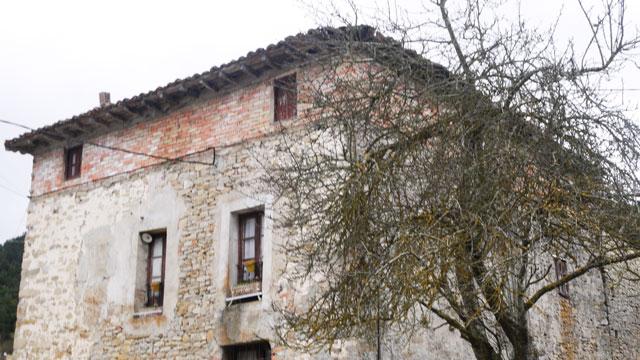 Una casa en el Pueblo.