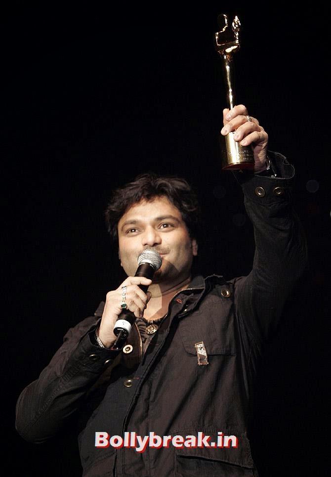 Singer Babul Supriyo, Sports & Bollywood celebrities Standing in Lok Sabha Elections 2014