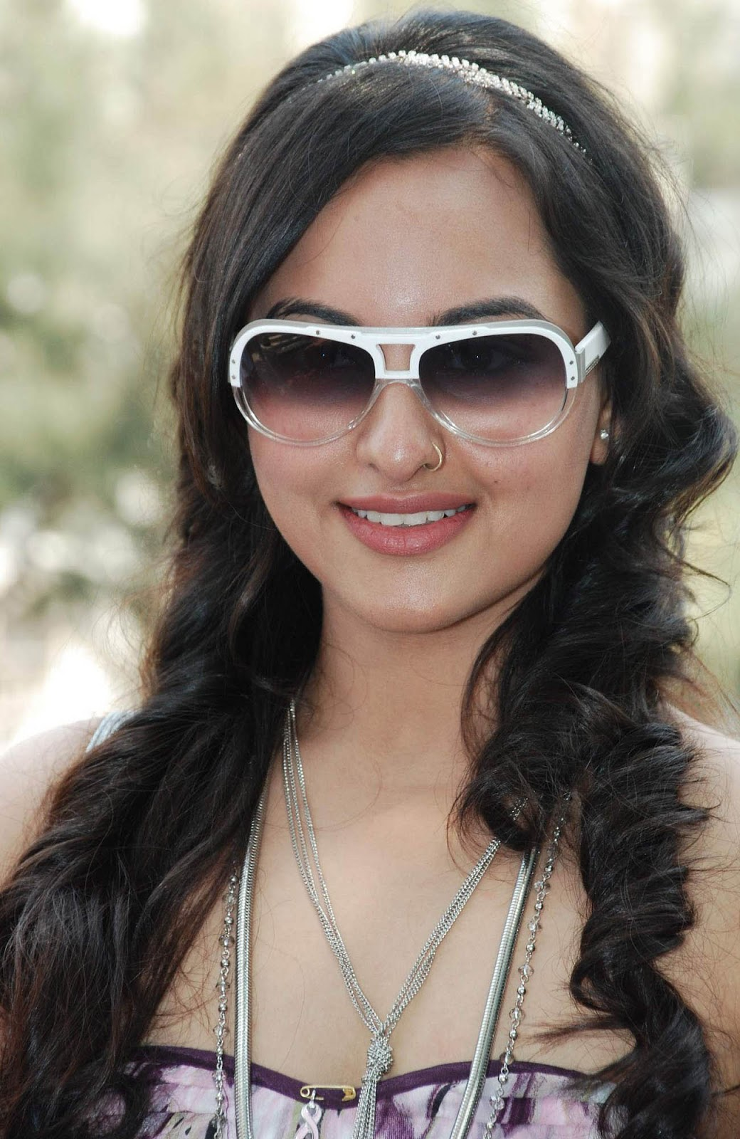 sonakshi sinha latest hd wallpapers - photo #13