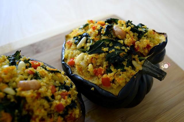 Calabaza rellena de quinoa y kale