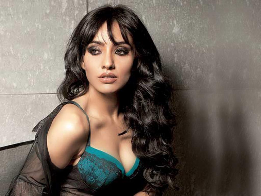 Bihar Girl Wallpaper Neha Sharma Hot And Sexy Bollywood Actress Hot Celebrities