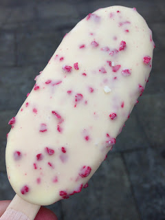 Tesco White Chocolate & Raspberry Ice Creams