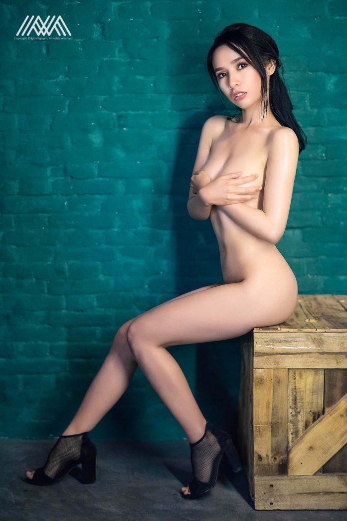 Bộ Ảnh Nude, Sexy Nóng Bỏng Của Huỳnh Như
