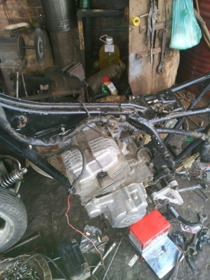 [Dự án độ] Honda 67 Cafe Racer và một em đã lột sạch đồ  - SóiAG