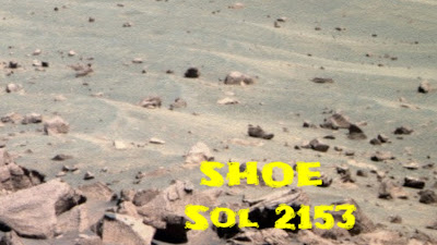 Discovery of a shoe on Mars by Scott C Waring.