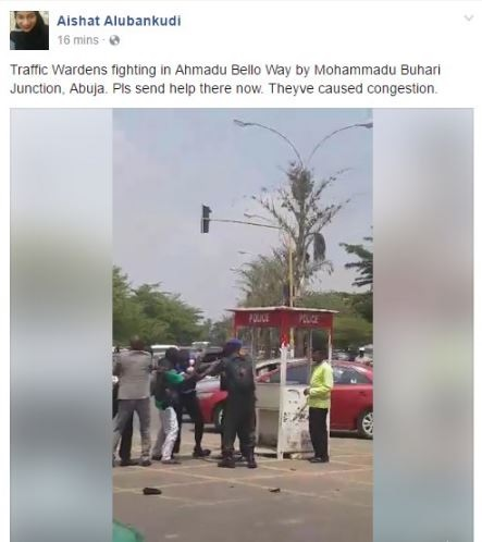 WATCH VIDEO! Nigerian Policemen Engaged in Public Fight in Abuja (Photos)