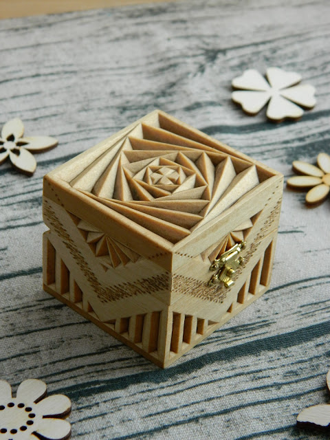 """Infinity"" carved wooden box (2017)"