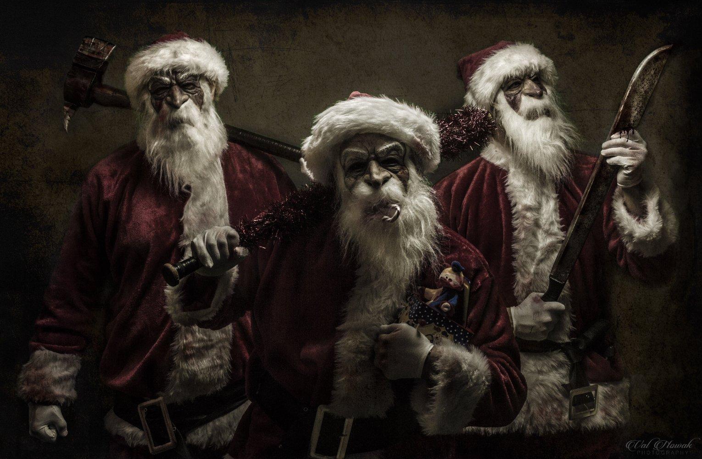 Trailers: Three Psychopathic Santas Wreak Havoc In The Upcoming Horror Film Good Tidings