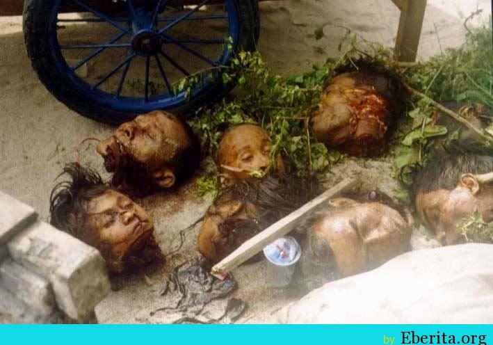 Tragedi Pembantaian Manusia Perang Sampit Dayak VS Madura