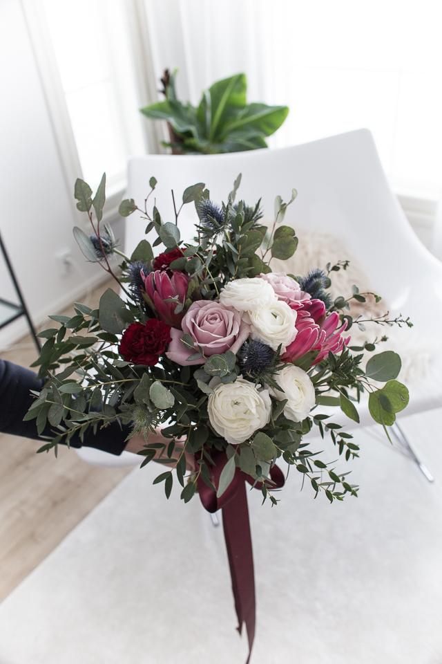 Hääkimppu, sidottu kimppu, kukat, rento hääkimppu, Villa H
