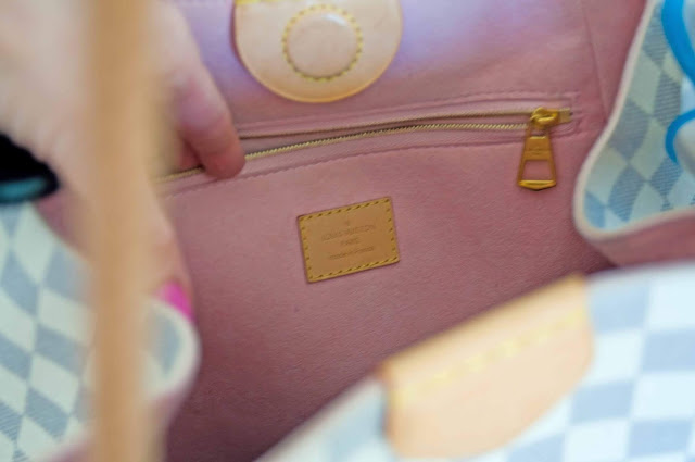 wnętrze torby Louis Vuitton różowy zamsz