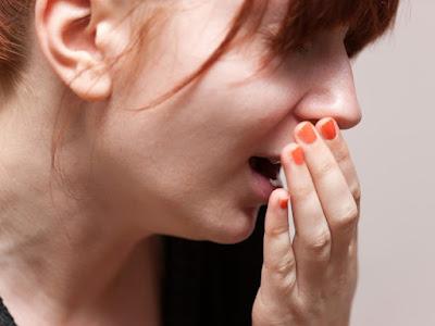 Các dấu hiệu khác cảnh báo ung thư vòm họng