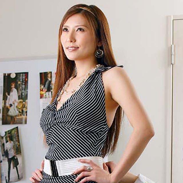 Shiina Yuna Photos