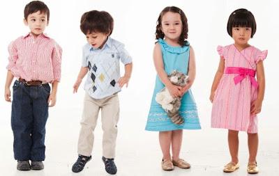 tipis memilih baju anak