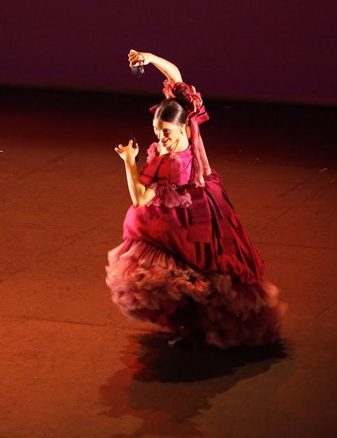 Danza-Espanola-CAD