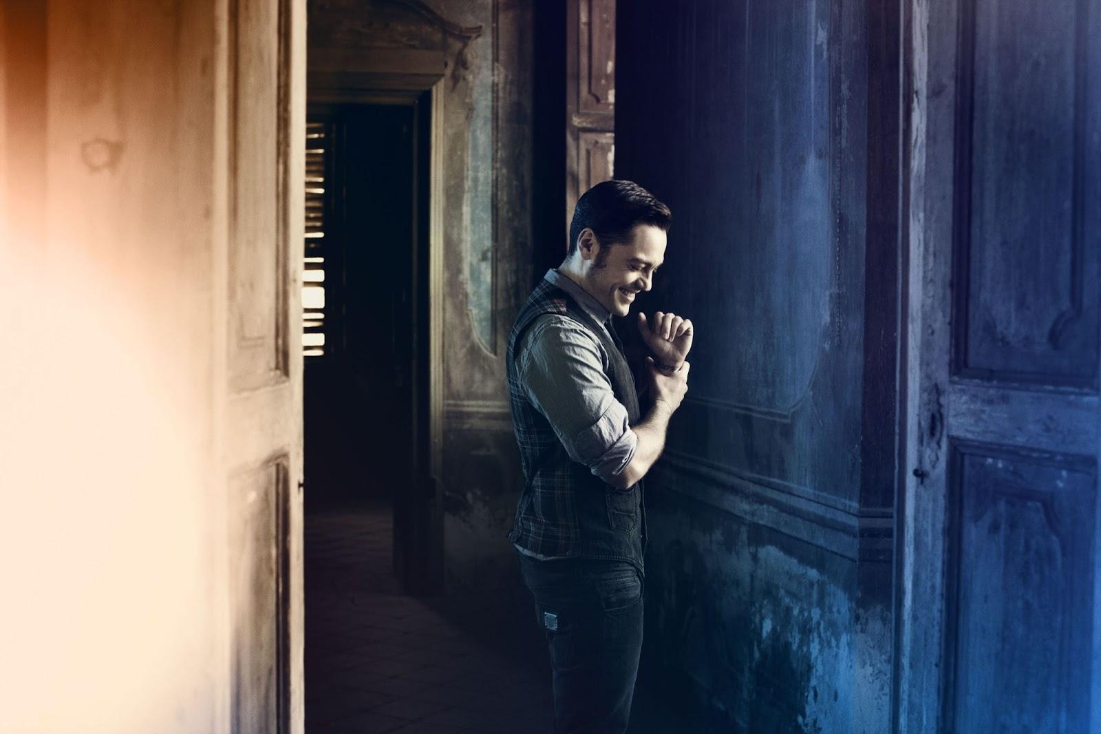 Karma feat. John Legend - Tiziano Ferro: testo, video e traduzione