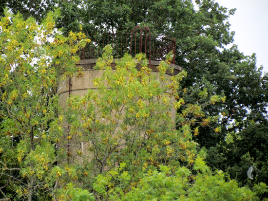 Photograph of Brookmans water tower close to Brookmans Park golf club - Image taken August 2018 Image by the North Mymms History Project, released under Creative Commons BY-NC-SA 4.0