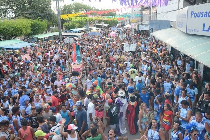DOMINGO (18) DE CARNAVAL EM IGARASSU COM O TRADICIONAL BLOCO AZULÃO