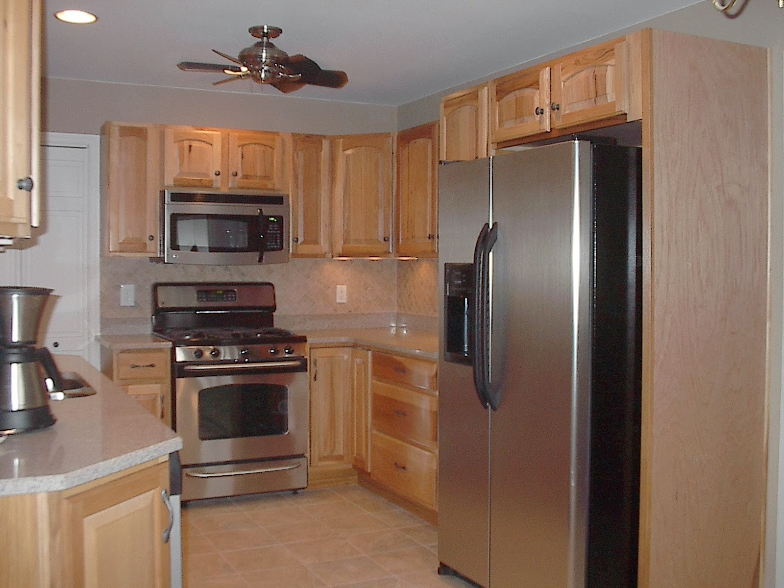 Cabinets for Kitchen or Bathroom Remodeling from Contractor