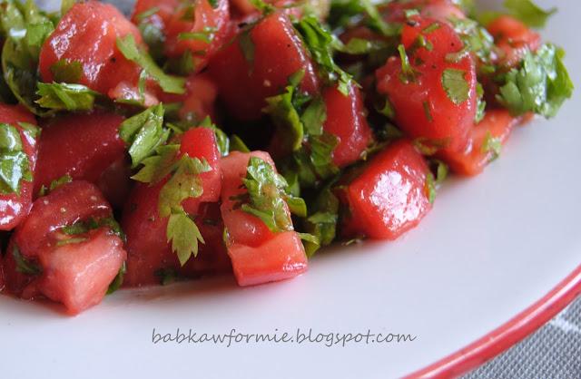 najprostsza sałatka z pomidorów