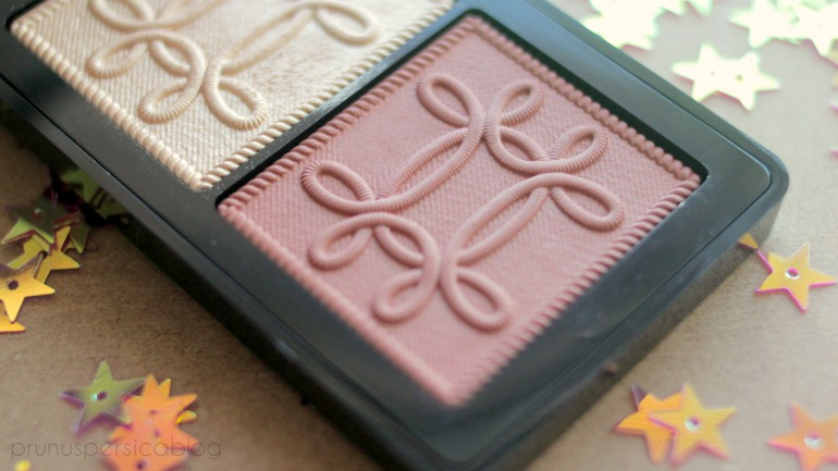 MAC Nutcracker Sweet Face Compact Copper - Whisper of Gilt & Pleasure Model swatches