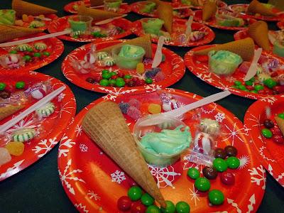 S is for Santa, by Paula's Preschool and Kindergarten