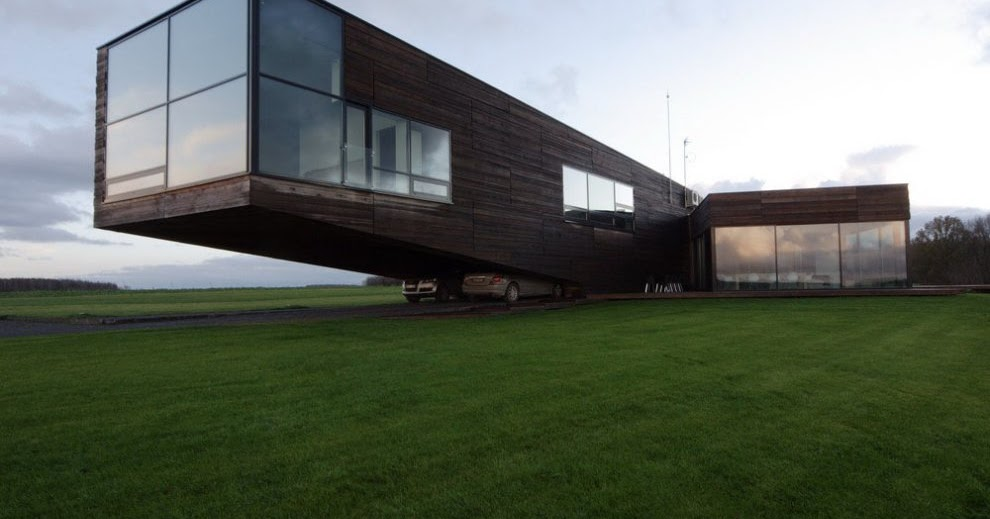 Contemporary cantilever house in lithuania most beautiful for Beautiful modern houses in the world