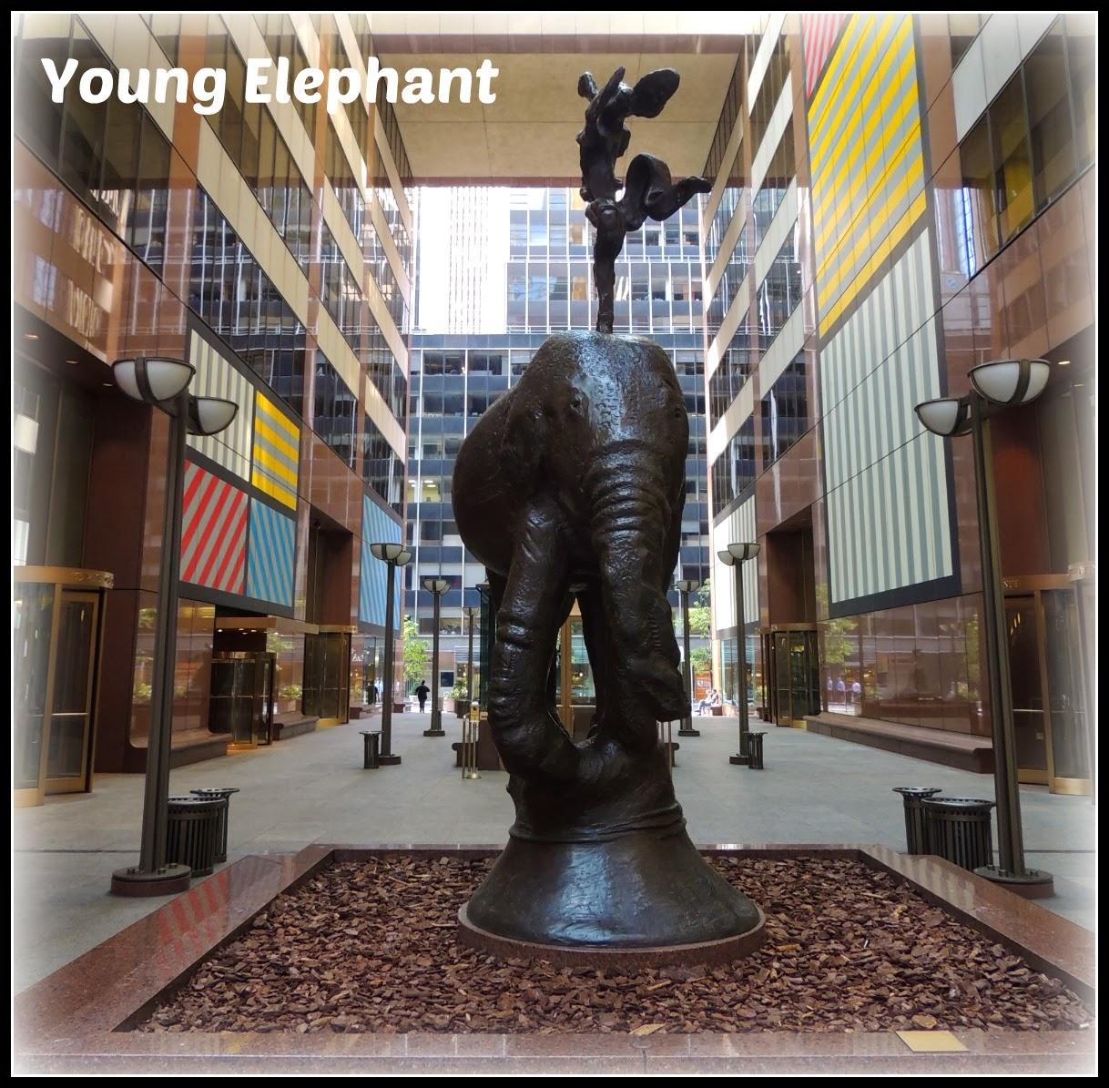 """NY en 3 Días: Escultura de Barry Flanagan """"Young Elephant"""""""