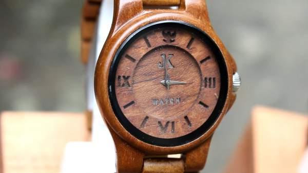 JK Watch jam tangan kayu dari Kulon Progo