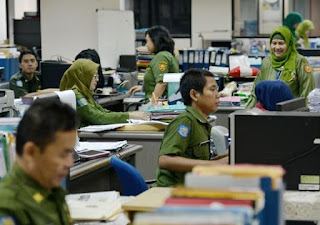 Gaji ke-13 dan THR PNS, TNI, Polri dan Pejabat Negara Dibayar Juni