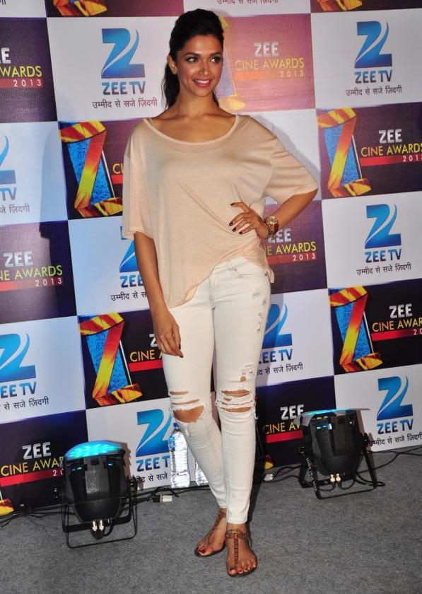 Bollywood Glamorous Hot Actress Deepika Padukone Photos In White Top