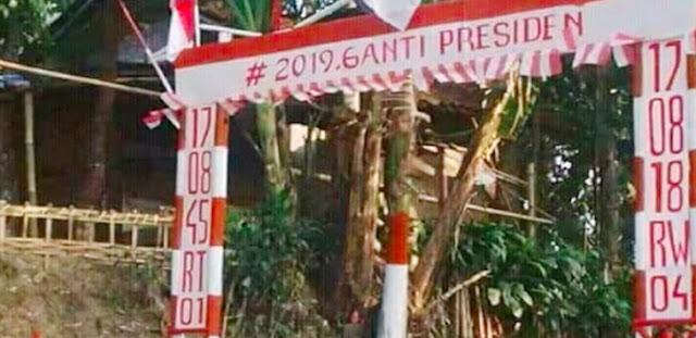 Gapura Ganti Presiden di Bogor Dibongkar, Ternyata Ini Pelakunya