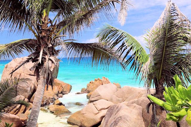 Insel Mahe (C) JUREBU