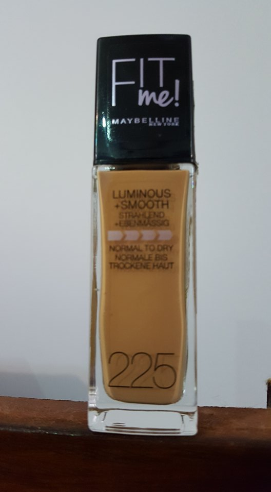 Maybelline Fit Me Luminous and Smooth Foundation Bottle
