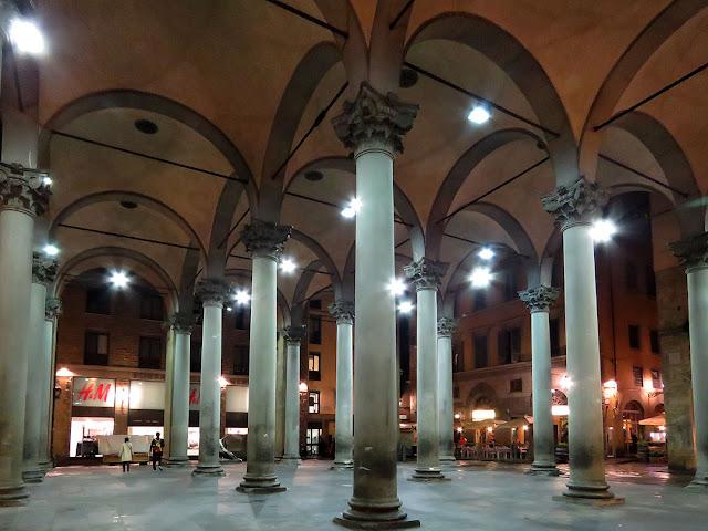 Loggia del Mercato Nuovo at night, Piazza del Mercato Nuovo, Florence