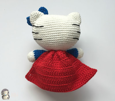 Amigurumi kitty super woman