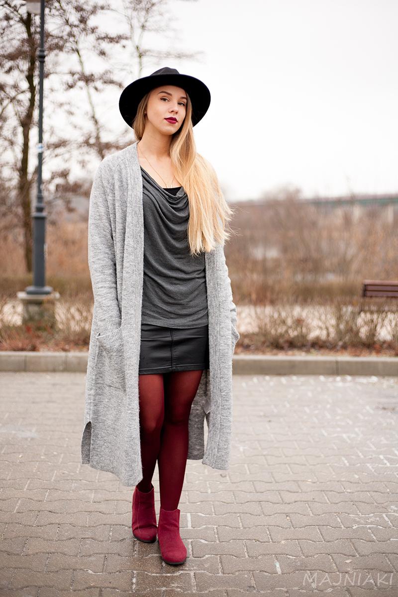 Marsala, black and grey shadows. Cozy cardigan with pockets.