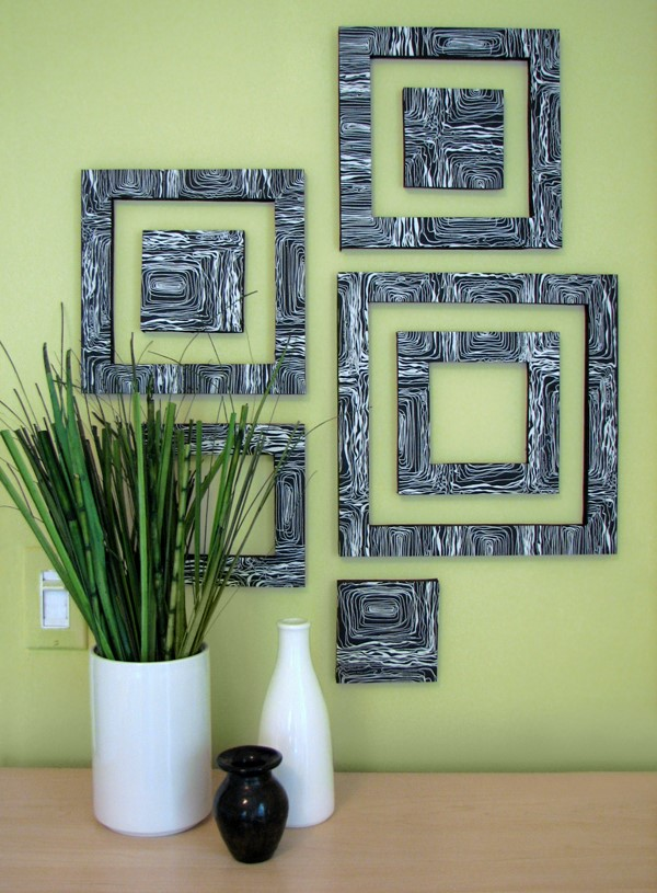 Wall Decoration Using Newspaper