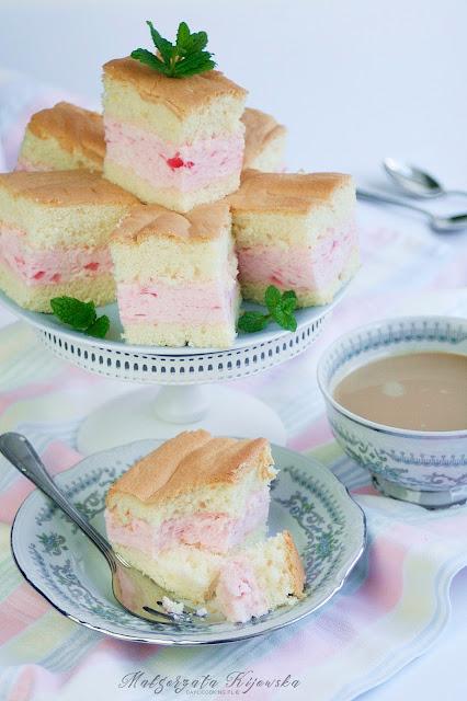 lekkie ciasto, jak zrobić biszkopt, ptasie mleczko, daylicooking