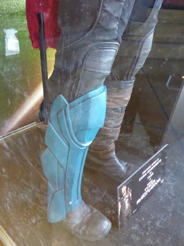 Thor Ragnarok blue greave shin guard