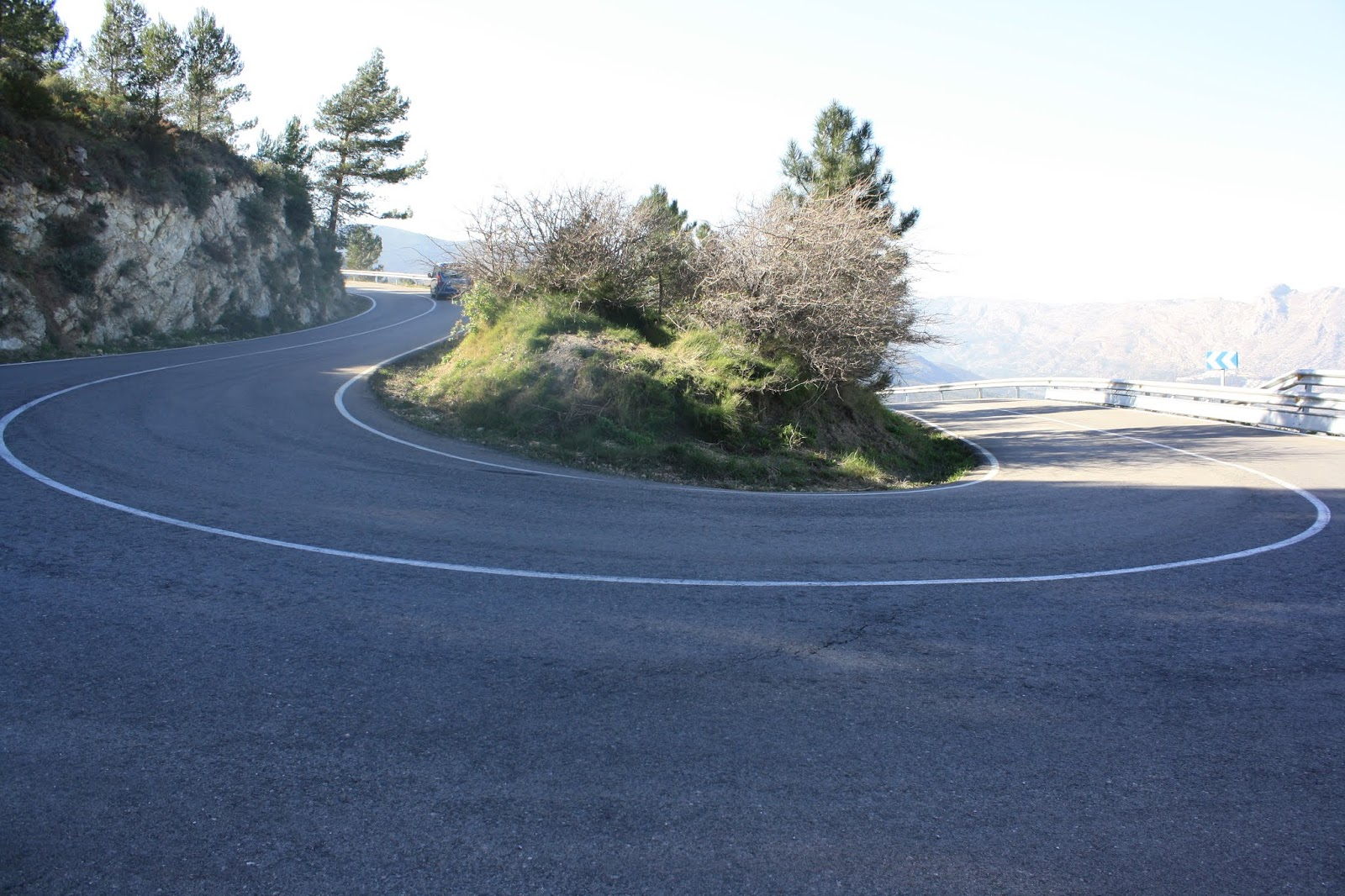 Last switchback on northern climb of Coll de Rates
