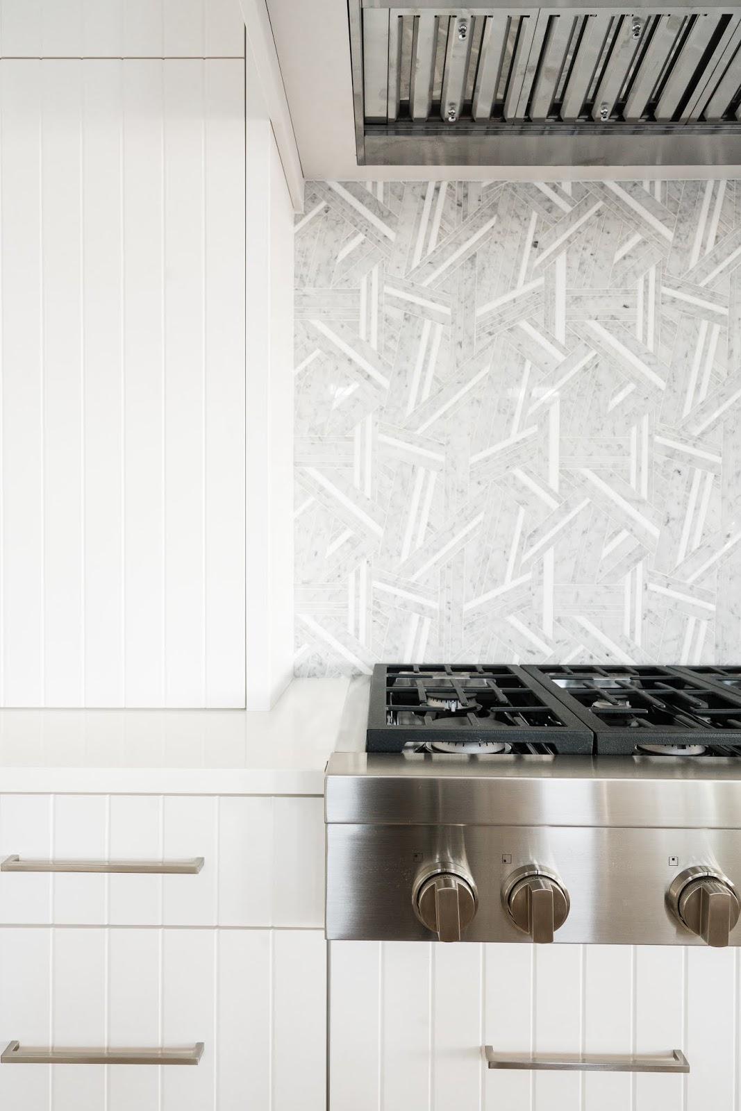 Kitchen Backsplash Ideas, White Kitchen Cabinets