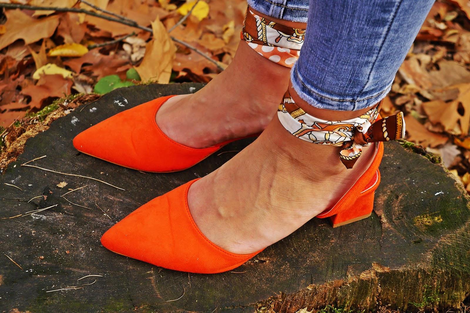 pomarańczowe sandałki laza karyn blog modowy