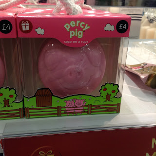 percy pig sopa on a rope